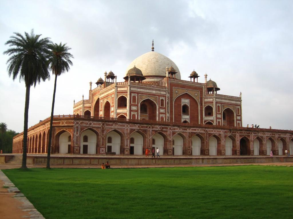Humayuns Tomb Travel